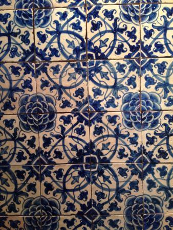 Museo Nazionale Della Piastrella: Azulejos Con Motivi Floreali