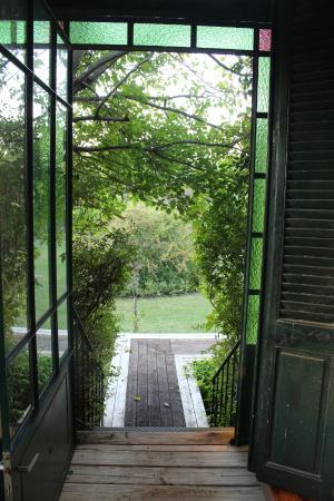 La Casa de los Limoneros: Pasarela de acceso a la habitación A.