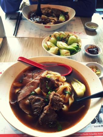 Chef Hung Taiwanese Beef Noodle : Great food !