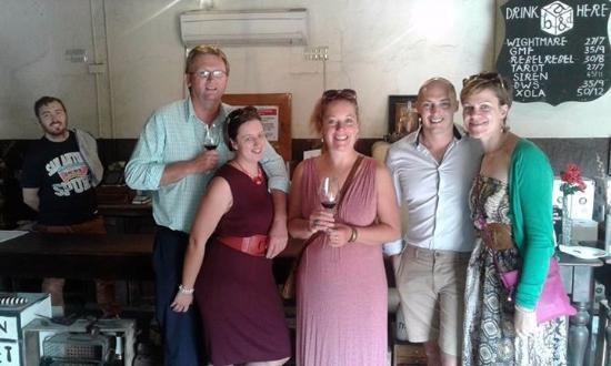 Willunga, Australia: Funky Alpha Box & Dice Cellar door