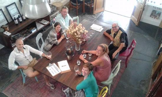 Willunga, Australia: Tasting some delicious wines at Hither & Yon