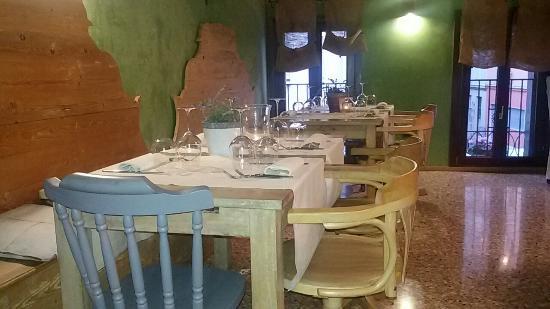 moeche fritte su un letto di polenta - Foto di Casa Fortuna, Mestre ...