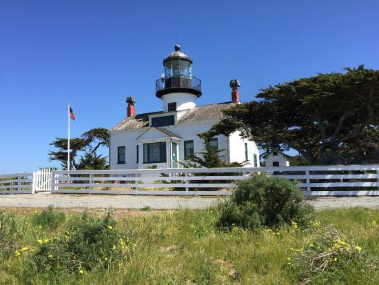 Point Pinos Lighthouse: Lighthouse on sunny day