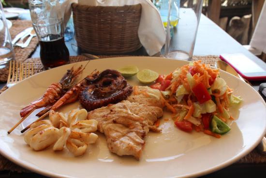 The Majlis Hotel: Yummy food