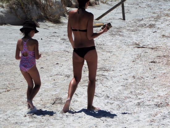 Beach Walk: Family beach...