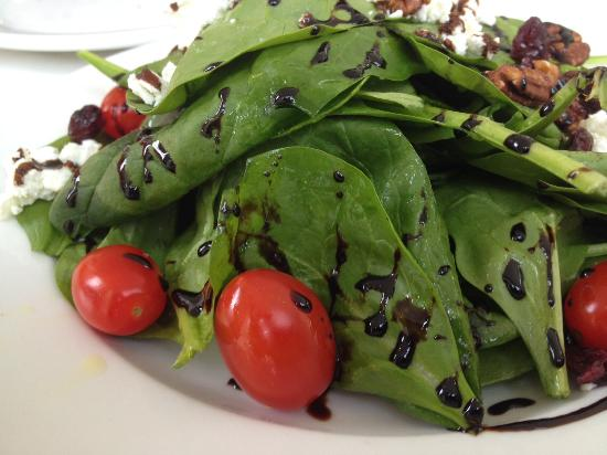 Spinach salad with balsamic reduction