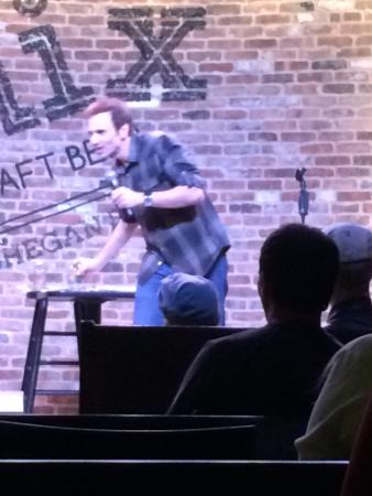Comix Mohegan Sun: Paul Mecurio