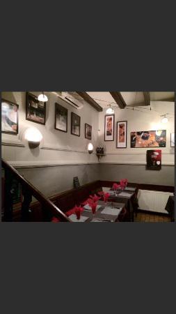 restaurant restaurant tavola calda dans strasbourg avec cuisine italienne. Black Bedroom Furniture Sets. Home Design Ideas