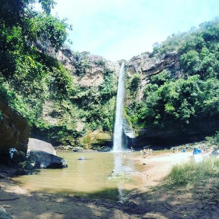 Cachoeira do Rio do Peixe no distrito de Fala a Verdade em Rio Negro MS