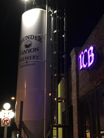 Thunder Canyon Brewery: view of the outside
