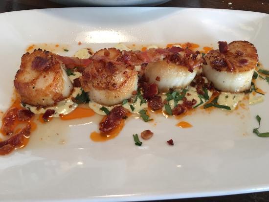 Bluewater Avalon Seafood Restaurant Photo2 Jpg