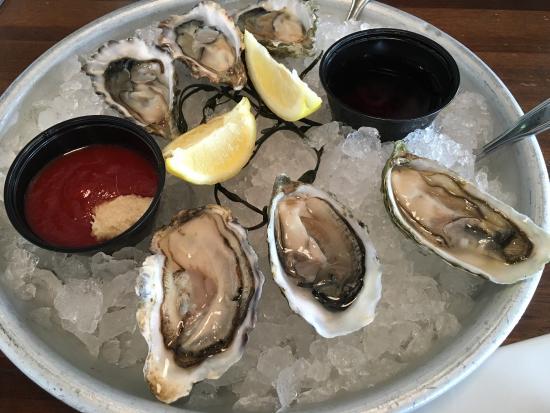 Bluewater Avalon Seafood Restaurant Photo3 Jpg