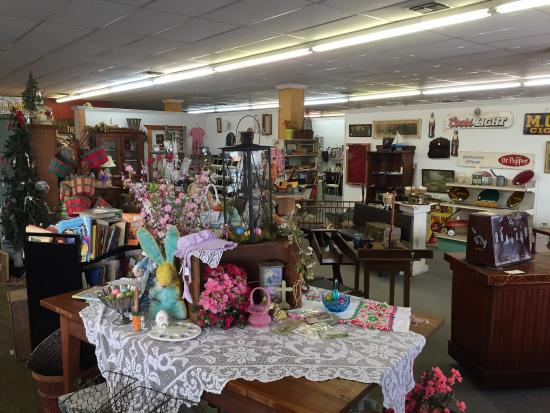 Giddings, TX: Loads of interesting booths to visit