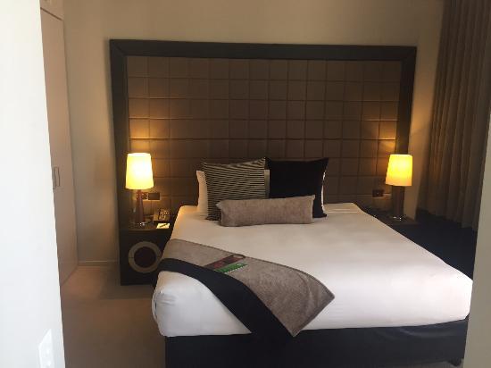 Fraser Suites Perth: bedroom