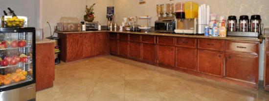 Monterey Park Inn: Variedad de desayuno