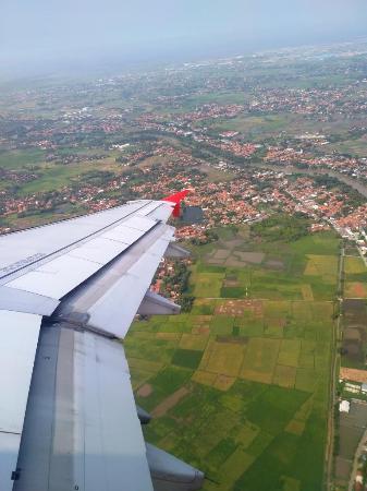 pemandangan di sekitar bandara soekarno hatta foto airasia rh tripadvisor co id
