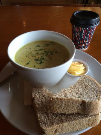 Amberley, Yeni Zelanda: Pleasant pit stop for good sustenance at Leithfield