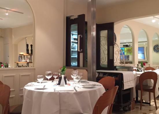 nice tables lots of mirrors picture of sale e pepe london rh tripadvisor co za