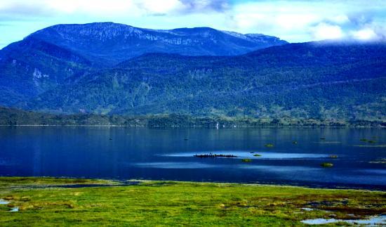 Papua, Indonesia: Lake Tigi