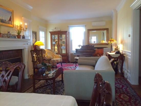 Centerville, MA: Newly renovated living room and patio.