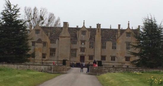 Илминстер, UK: Barrington Court - The House That Nearly Died