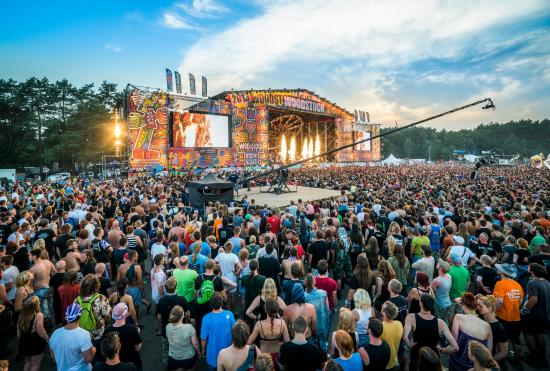 how to get to woodstock poland