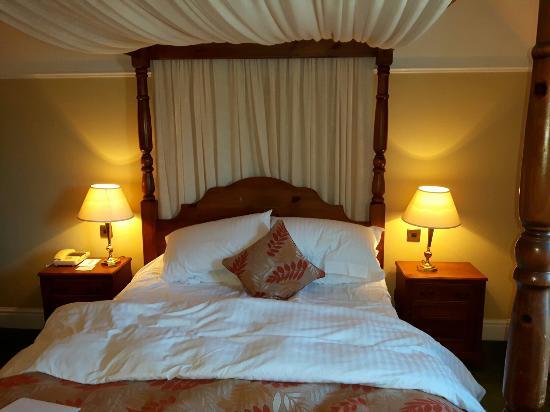 Stonecross Manor Hotel: Friendly staff great location.