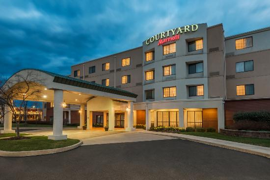 Courtyard By Marriott Philadelphia-Montgomeryville