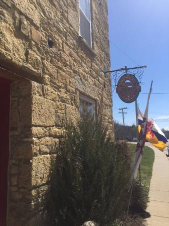 Mineral Point, WI: Restaurant sign
