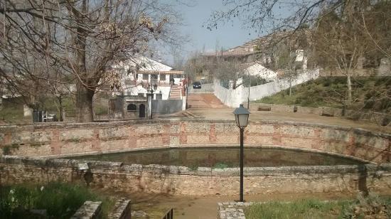 Alfacar, Spanje: El Patio junto al manantial F.Grande