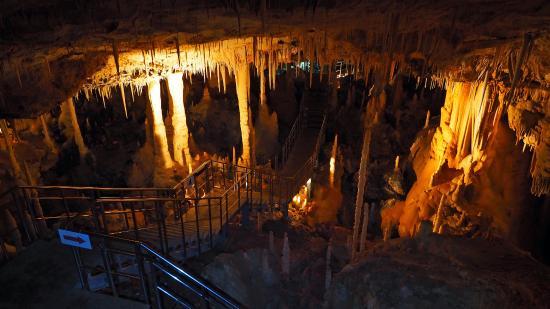 Hoshino Cave