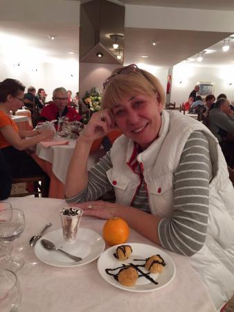 Montecarlo Hotel: После сытного ужина