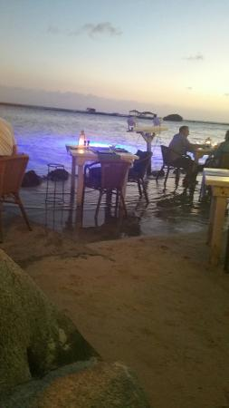 Papiamento: Tables in the water ... lovely view