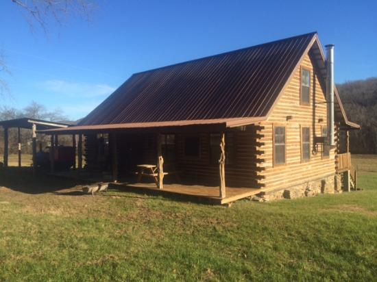 Combs, AR: Pig Trail Lodge