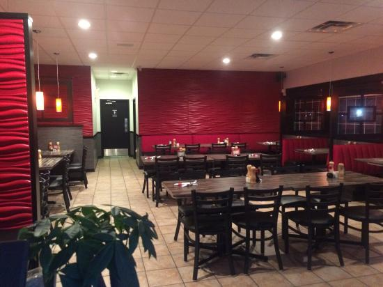 Redcliff, Canada: sizzling house restaurant