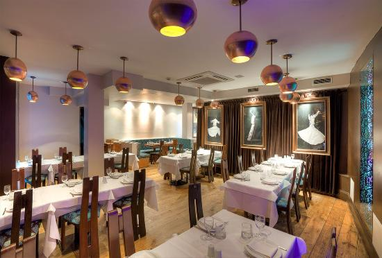 Tas Restaurant: Downstairs