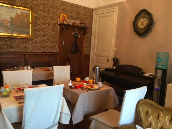 "Cambiare: ontbijt en ""lounge""...."