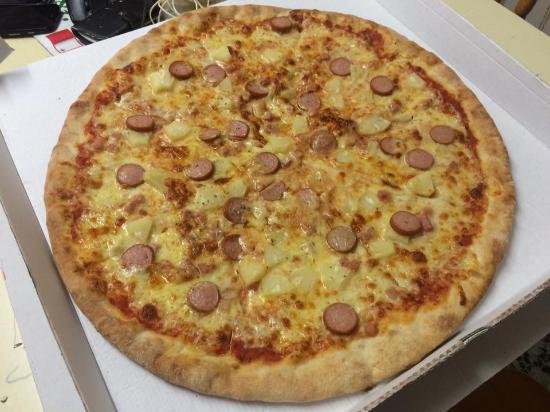 5 Star Pizzeria: Hawaii pizza 20 Inch !