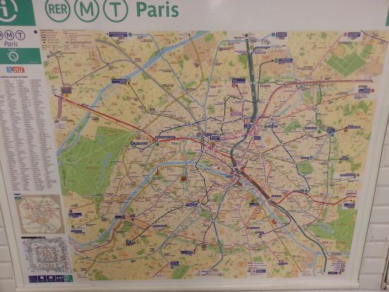 MAP of Paris Subway Picture of Chateau de Versailles Versailles