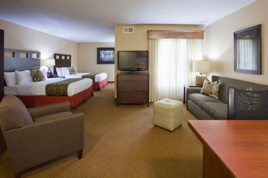 GrandStay Hotel & Suites La Crosse: Studio Suite with Two Queen Beds