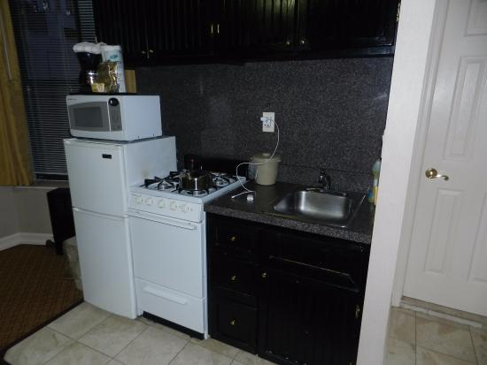 Radio City Apartments: coin cuisine