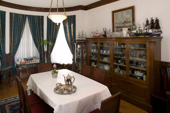 Abigayle's Bed and Breakfast: Dining room
