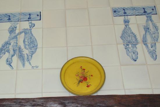 Villa La Croix Basque: Azulejos portugais La pêche.