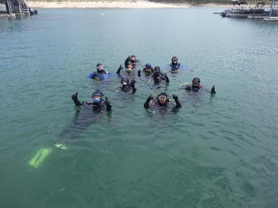 Scuba Divers Pardise