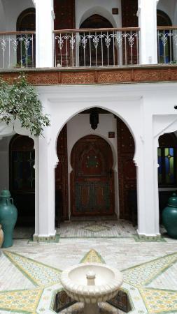 Hotel Riad Casa Hassan Restaurante: 20160411_093150_large.jpg