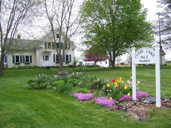 Clary Lake Bed and Breakfast