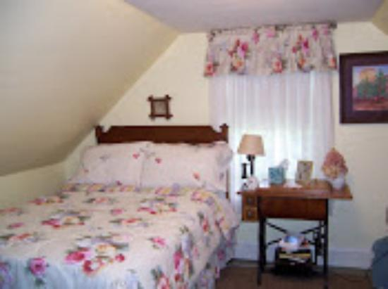 Jefferson, ME: Cozy Double Room