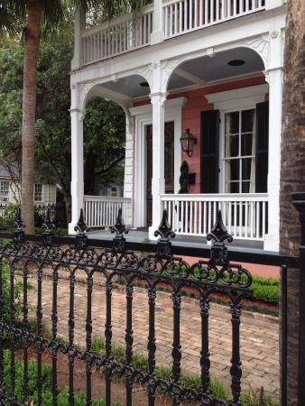 Lower garden district new orleans la top tips before you go with photos tripadvisor for Best hotels in garden district new orleans