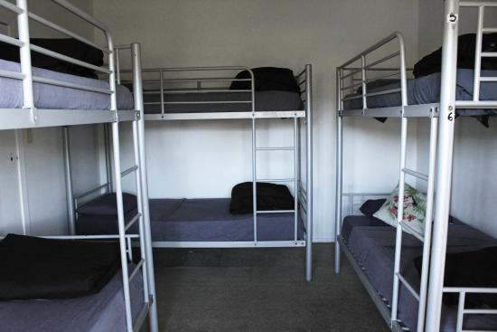 Whangamata, Nueva Zelanda: 6 bed dorm.