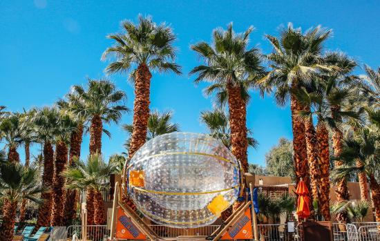 Hyatt Regency Indian Wells Resort & Spa : DesertPipe